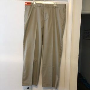 Dockers 40x30 classic fit flat front pants